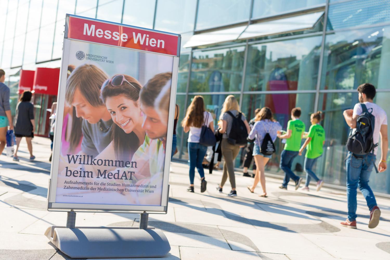 MedAT 2017:Mit österreichweit knapp 16.000 Bewerbern war der Andrang erneut so groß wie nie